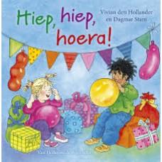 Hollander, Vivian den met ill. van Dagmar Stam: Hiep, hiep, hoera! ( 3 verhalen van Lisa en Jimmy)