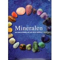 Poirot, Jean-Paul: Mineralen en edelstenen uit de hele wereld ( met stofomslag)