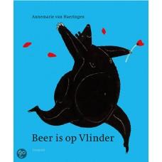 Haeringen, Annemarie van: Beer is op vlinder