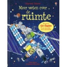 Usborne: Meer weten over de ruimte door Katie Daynes en Peter Allen( karton met meer dan 50 flapjes en een klein boekje over de sterrenhemel)