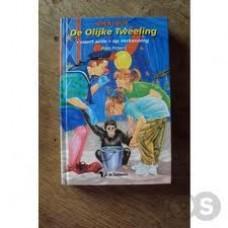 De olijke tweeling omnibus: voert actie en op verkenning  ( Arja Peters)