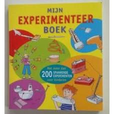 Mijn experimenteer boek (met meer dan 200 spannende experimenten voor kinderen)